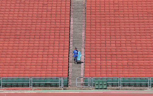 Hundreds of Hornet fans disguised as empty seats...