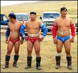 Kharakh wrestlers await competition at local festival