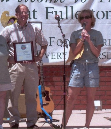 Pam Keller Awarding Chris Norby for bringing the notion of TURNS to Fullerton Mayoral politics.